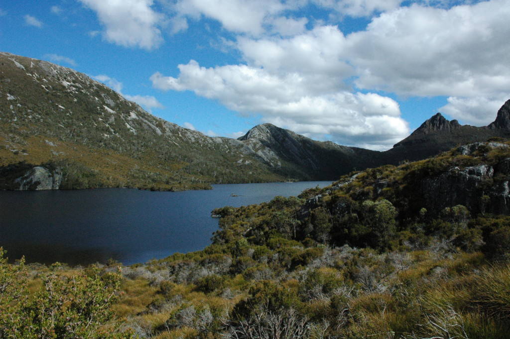 how to cheaply visit cradle mountain